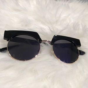Accessories - Futuristic Flat Top Round Lens Sunglasses